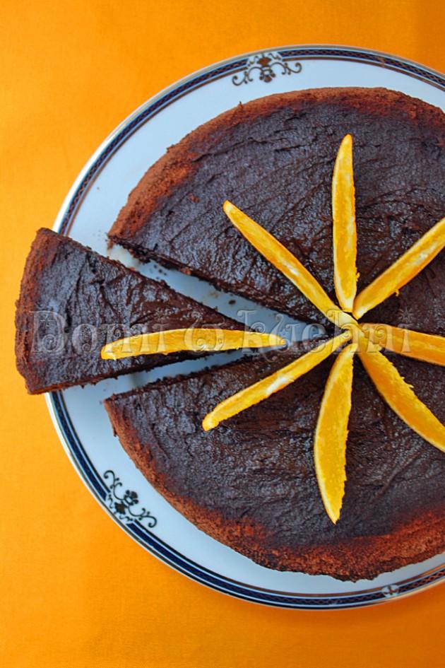 Czekoladowo-pomarańczowe ciasto bez mąki