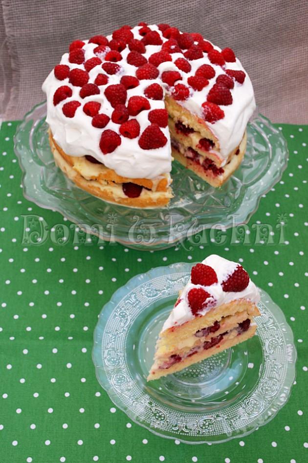 Szwedzki letni tort z malinami