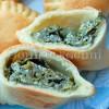 Greckie pierożki ze szpinakiem i fetą