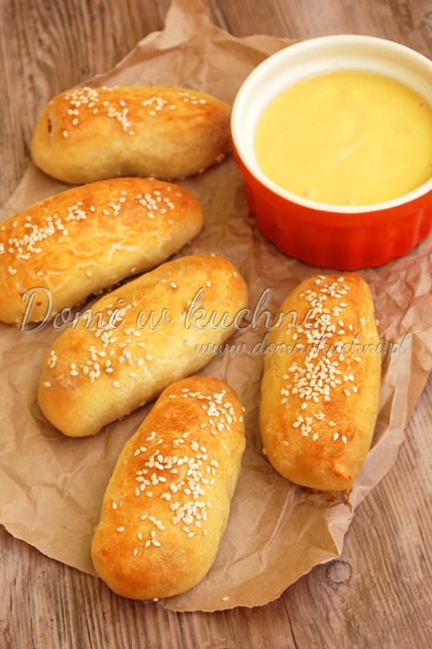 Mini hot-dogi