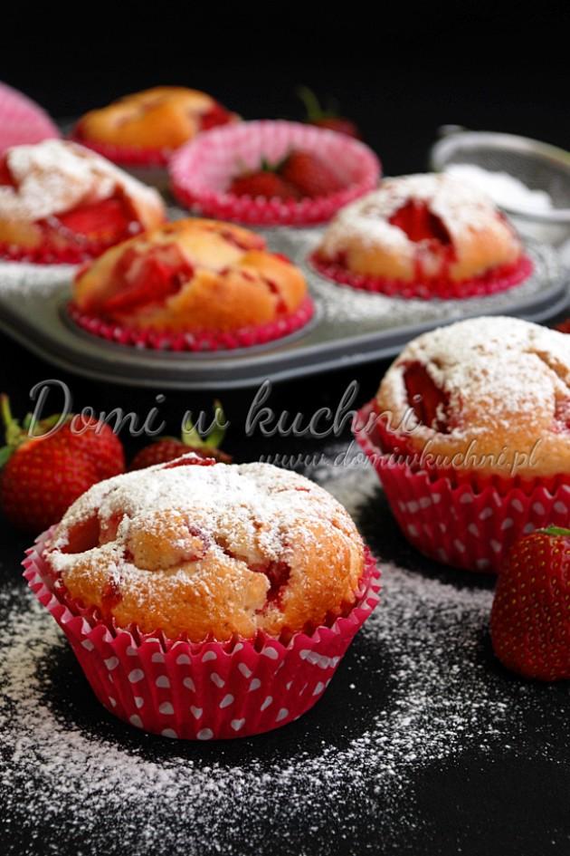 Muffiny truskawkowe
