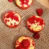 Malinowe muffiny marmurkowe