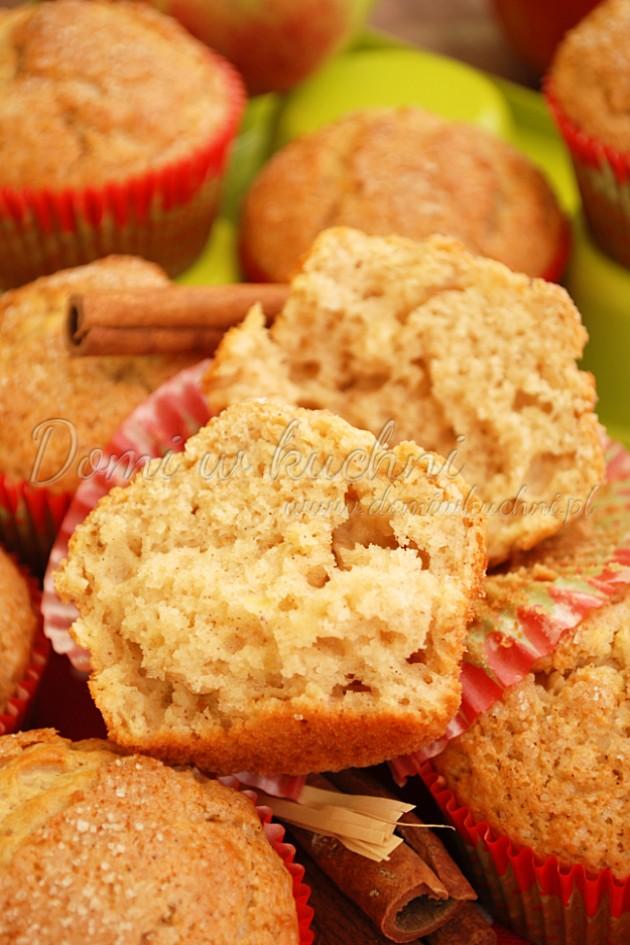 Muffinki jabłkowo-orzechowe