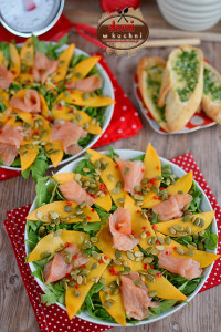 sałatka z łososia i mango na rukoli3